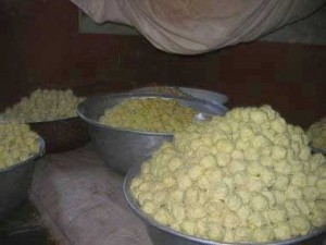 In Northern Ghana this is how shea is sold.